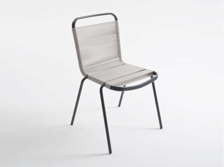 Badminton: Chair with anthracite grey structure and seat in different colours