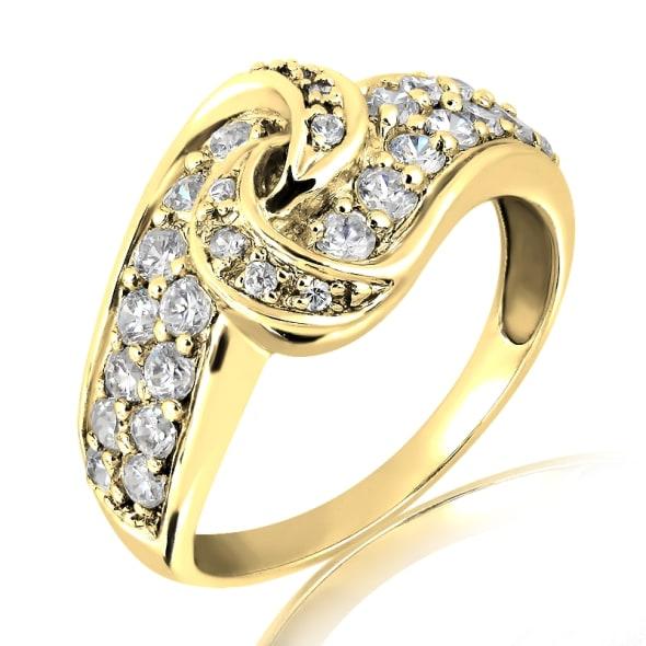 แหวนทอง 18K ประดับเพชร น้ำหนักรวม 0.70 กะรัต ค่าสี F ค่าความสะอาด VS