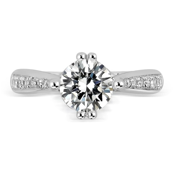แหวนทอง 18K ประดับเพชร น้ำหนักรวม 0.65 กะรัต ค่าสี D ค่าความสะอาด VVS2 EX/EX/EX  เพชรมาพร้อมใบรับรองจาก GIA