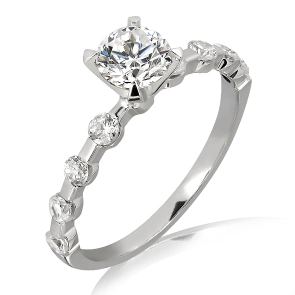 แหวนทอง 18K ประดับเพชร น้ำหนักรวม 0.50 กะรัต ค่าสี F ค่าความสะอาด VS2 เพชรมาพร้อมใบรับรองจาก GIA
