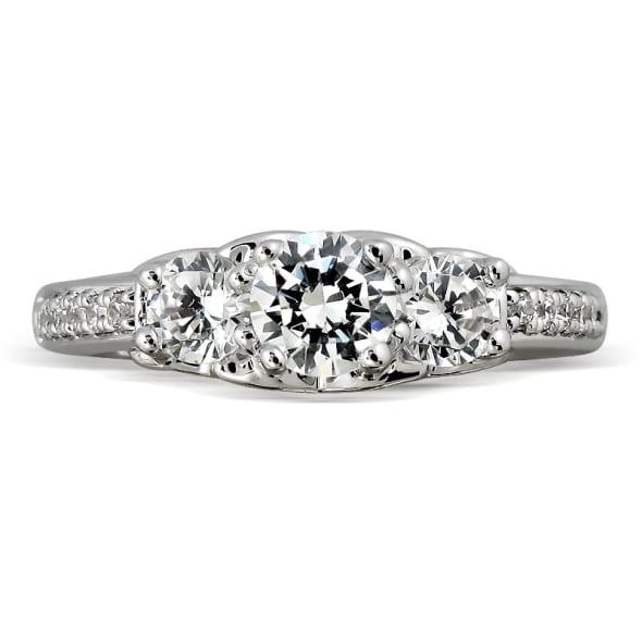 แหวนทอง 18K ประดับเพชร น้ำหนักรวม 0.70 กะรัต ค่าสี E (น้ำ 99) ค่าความสะอาด VS2