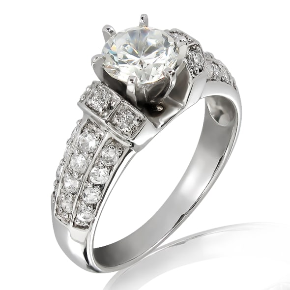 แหวนทอง 18K ประดับเพชร น้ำหนักรวม 1.00 กะรัต ค่าสี E ค่าความสะอาด VS2 เพชรมาพร้อมใบรับรองจาก GIA