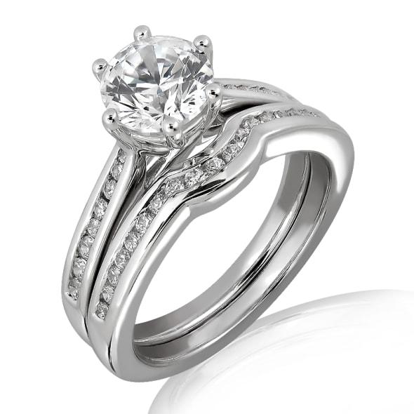 แหวนทอง 18K ประดับเพชร น้ำหนักรวม 1.02 กะรัต ค่าสี D ค่าความสะอาด VVS1 EX/EX/EX เพชรมาพร้อมใบรับรองจากสถาบัน GIA และแหวนเพชร Matching Band