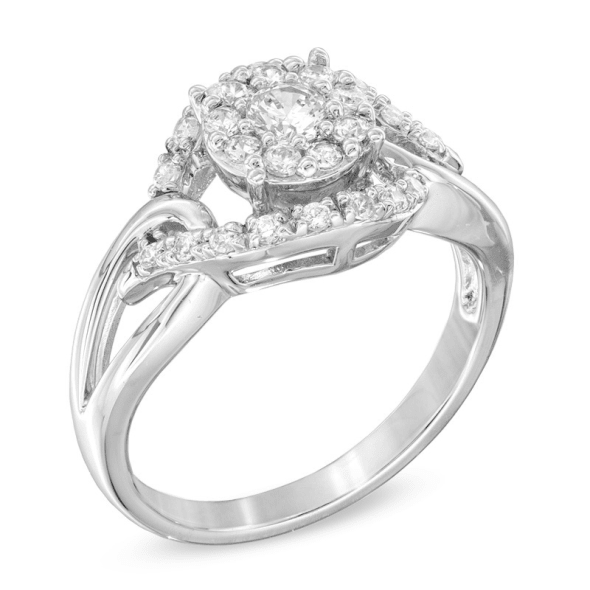 แหวนทอง 18K ประดับเพชร น้ำหนักรวม 0.50 กะรัต ค่าสี E ค่าความสะอาด VS
