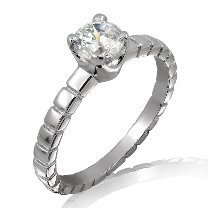 แหวนทอง 18K ประดับเพชร น้ำหนักรวม 0.95 กะรัต ค่าสี D ค่าความสะอาด SI1 EX/VG/VG เพชรมาพร้อมใบรับรองจากสถาบัน IGL