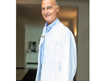 Aerztede beauty klinik alster dr bernd klesper portraitf6mpyo