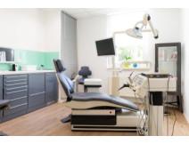 Zahnarztpraxis hillgaertner behandlungszimmer1wwb3qi