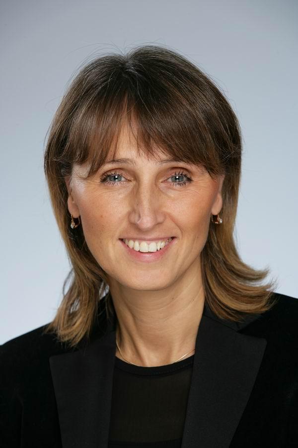 Dr. med. Dr. med. dent. Irina Brzenska