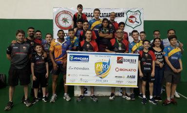 Pró Tênis de Mesa de Joaçaba é campeã estadual em Chapecó