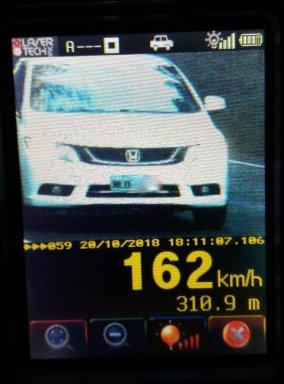 PRF flagra abusos de velocidade na BR 282 no Oeste do estado