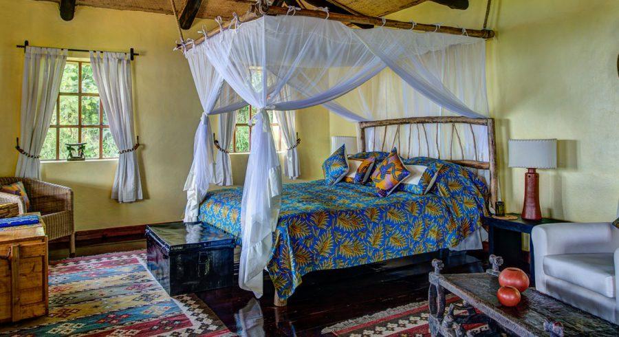 Enchanting-Travels-Africa-Rwanda-Volcanoes-National-Park-Virunga-Lodge-1