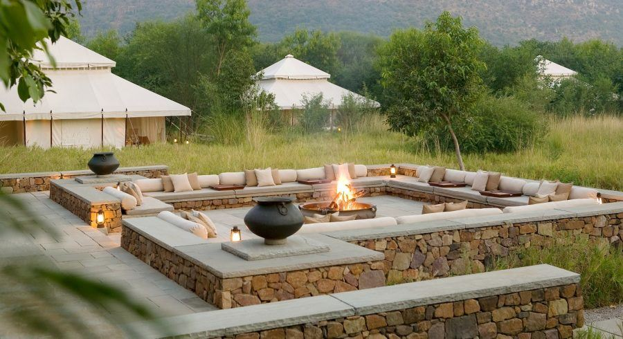 Aman-i-Khas is an exclusive camp set in the wilderness of Rajasthan on the outskirts of the Ranthambore National Park. The camp lies on a gentle slope against a backdrop of brushwood hills.