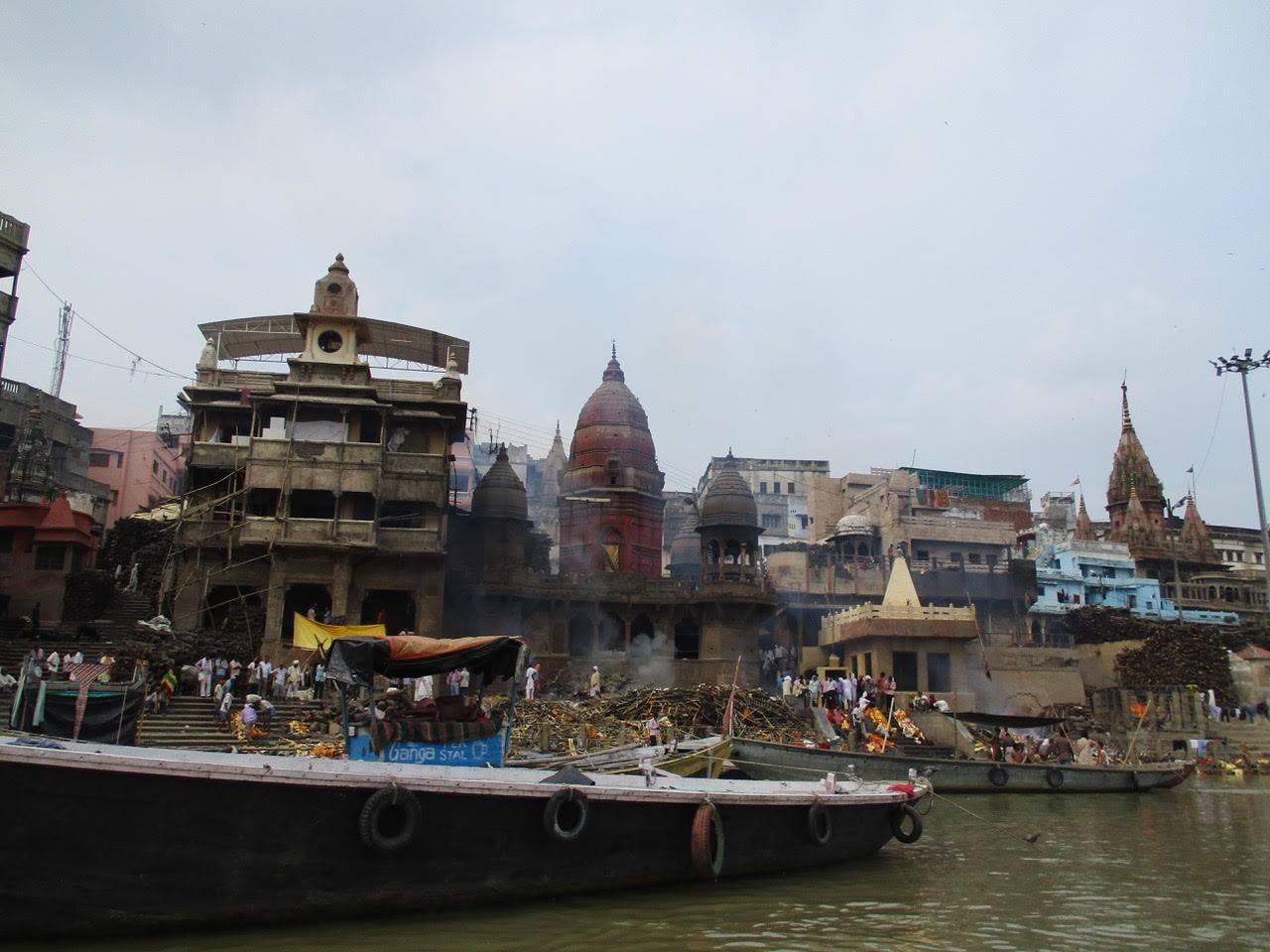 Ghats von Varanasi, Ganges