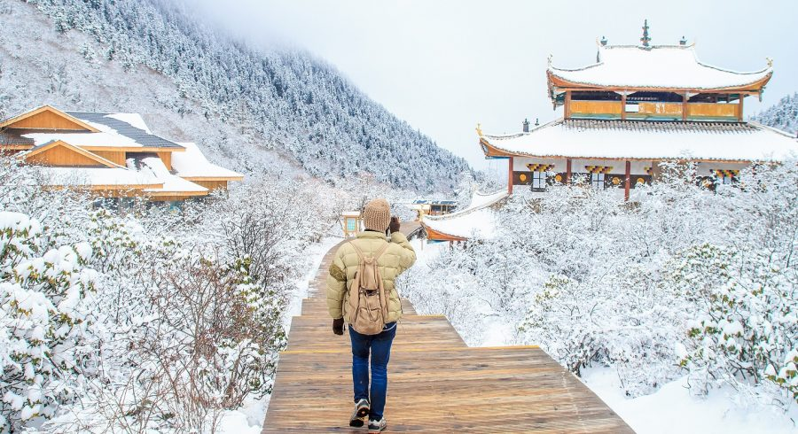 Explore China's temples in the snow season - one of the most unique things to do in China