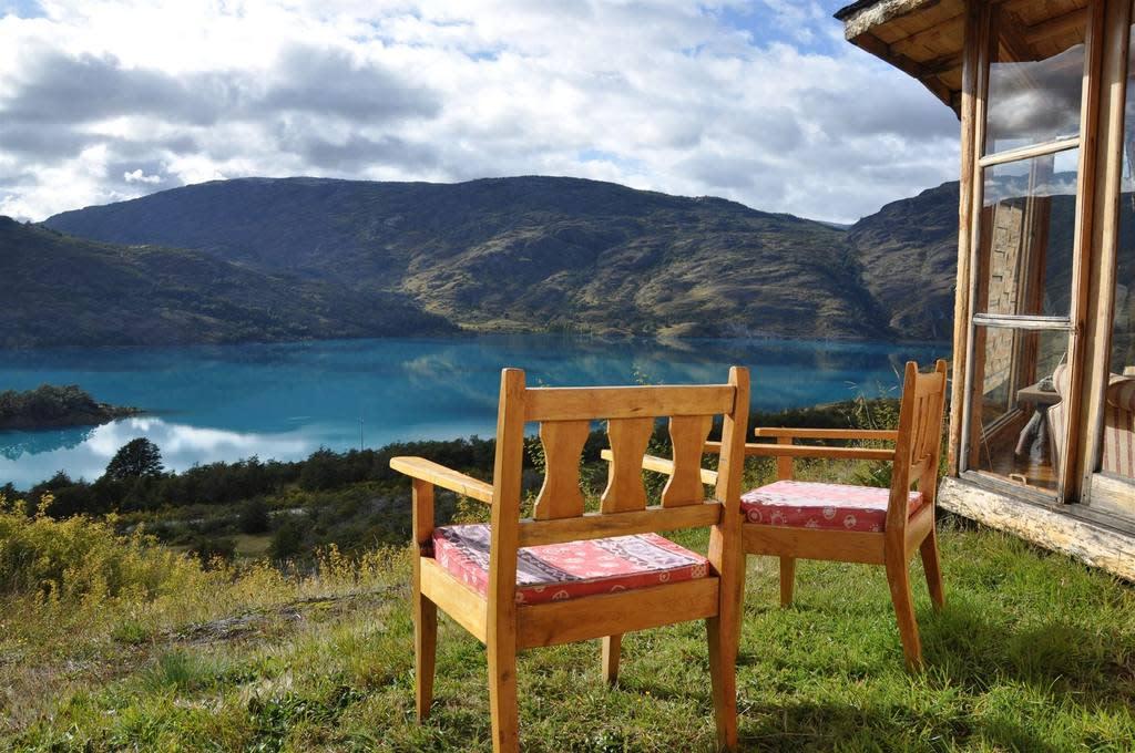 Aussicht auf die Berge in der Malinn Colorado Eco Lodge - Puerto Gadal, Chile