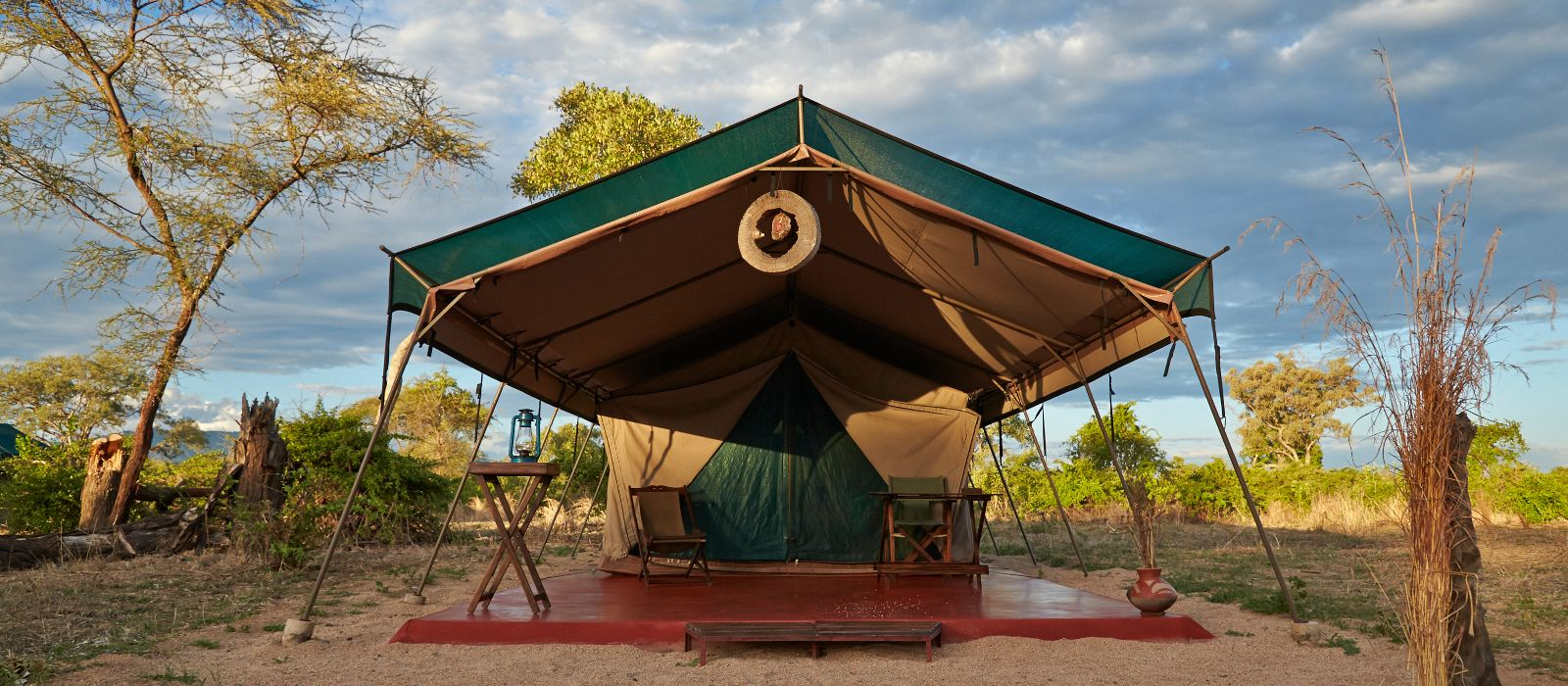 Hotel Mdonya Old River Camp Tansania