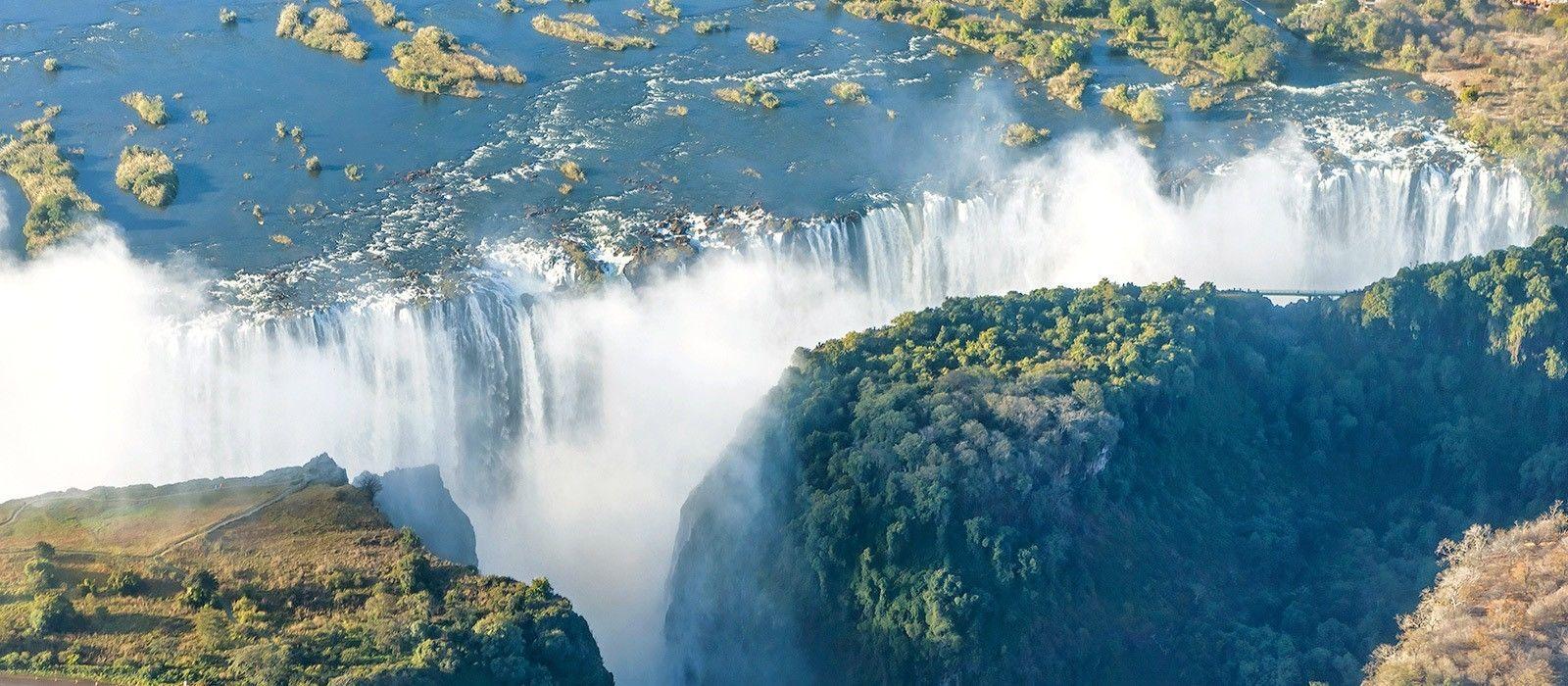 Classic Zimbabwe: Waterfalls and Wildlife Tour Trip 2