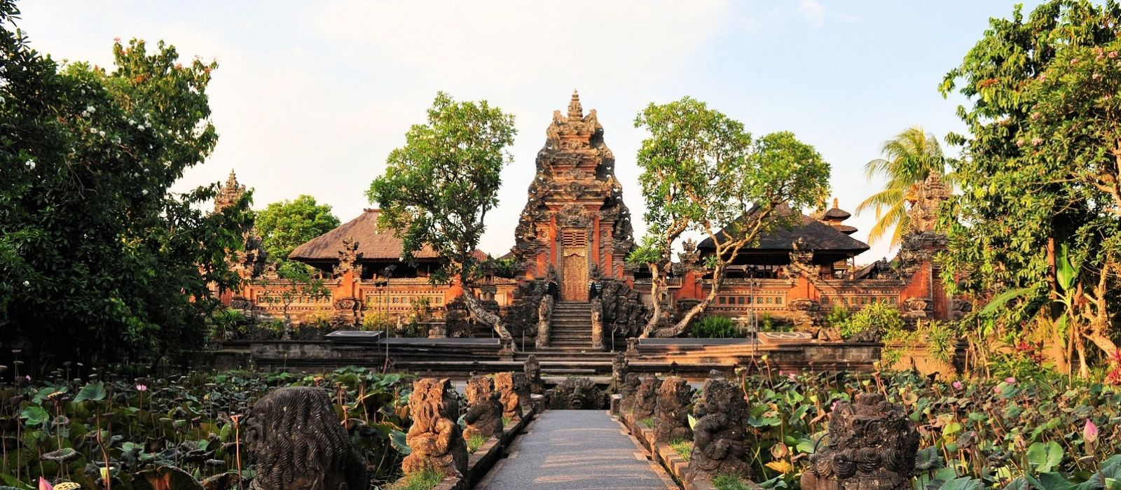 Culture and Beaches of Indonesia Tour Trip 6