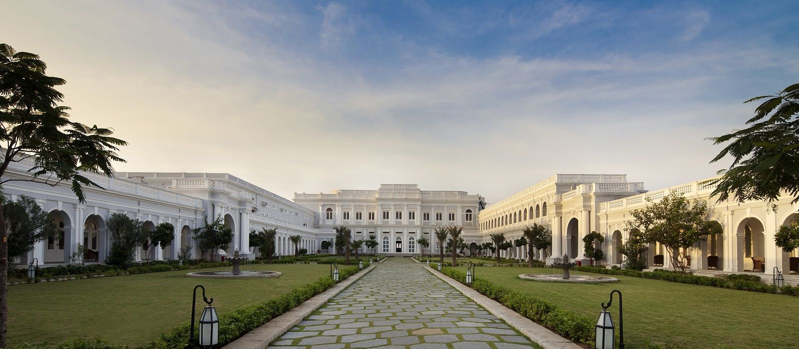 Evolve Back Exklusiv: Entdecken Sie Südindien Urlaub 1