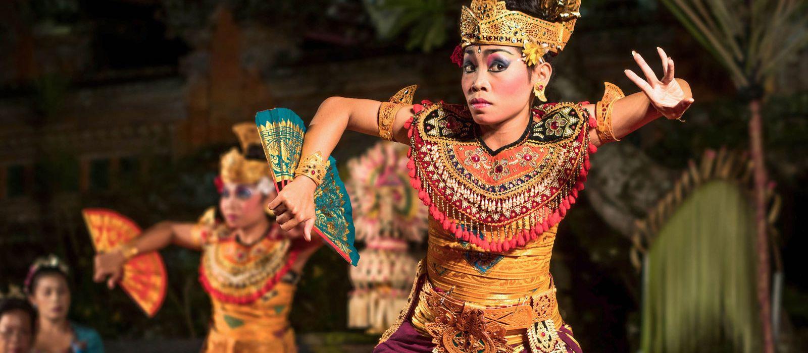 Festive Special: Indonesia's Timeless Landscapes and Unique Culture Tour Trip 1