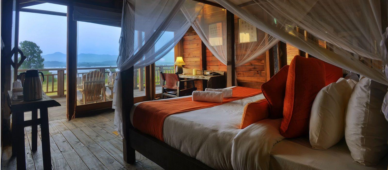 Hotel Denwa Backwater Escape Central & West India