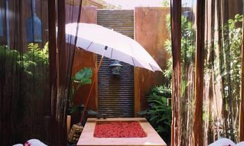 Anantara Spa treatment suite