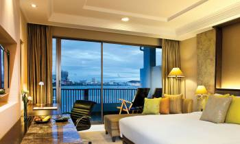Dusit Club Sea View room