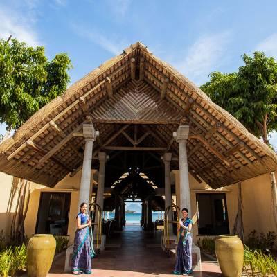 Sands resort & spa entrance