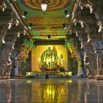 Inside of Meenakshi Hindu Temple, Madurai, Tamil Nadu, India, Asia