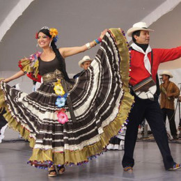 Colombian couple dance, Colombia tour, South America