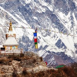 things to do in the Himalayas - temple