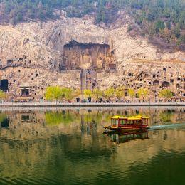 History of China - Longmen Grottoes in Luoyang