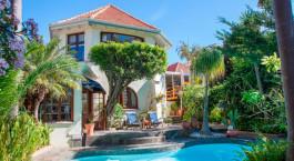 Pool im Brenwin Guest House in Kapstadt, Südafrika
