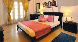 Doppelzimmer im Colonels Retreat Hotel in Delhi, Nordindien