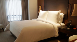 Zimmer mit Doppelbett im Four Season Bogota in Bogota, Kolumbien