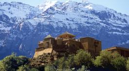 Außenansicht des Kasbah du Toubkal Hotels in Hoher Atlas, Marokko