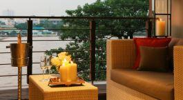 Balkon im Riva Surya Hotel in Bangkok, Thailand