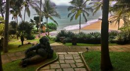 Outdoor area at Niraamaya Retreats Surya Samudra in Trivandrum, India