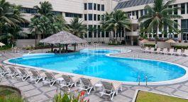 Pool at hotel Hilton Colon in Guayaquil, Ecuador