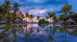 Pool im Hotel The Menjangan, West Bali National Park, Indonesien