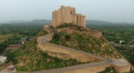 Enchanting Travels India Tours Jaipur Hotels Alila Fort Bishangarh (3)