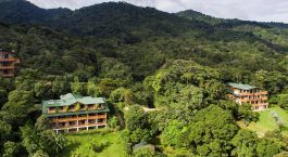 Exterior view of Hotel Belmar in Monteverde, Costa Rica