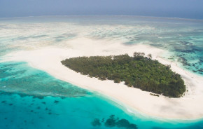 Vogelperspektive auf das Meer in Mnemba Island Lodge Zanzibar