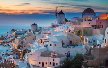 Oia bei Sonnenuntergang, Griechenland