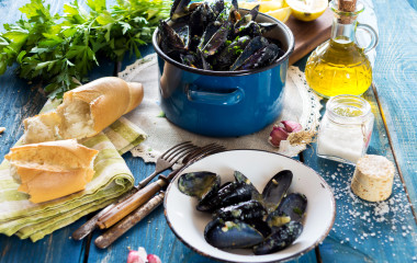 Mussels with buzara sauce