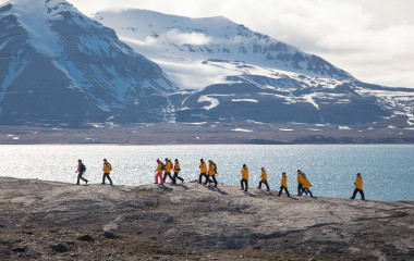 Enchanting Travels Arctic Tour Spitsbergen in Depth