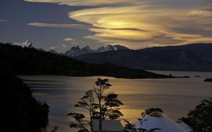 außenansicht bei Nacht im Patagonia Camp, Nationalpark Torres del Paine , Chile