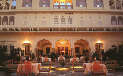 Restaurant unter freiem Himmel im Hotel Samode Haveli, Jaipur