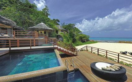Pool at Constance Lemuria Resort Hotel in Praslin Island, Seychellen