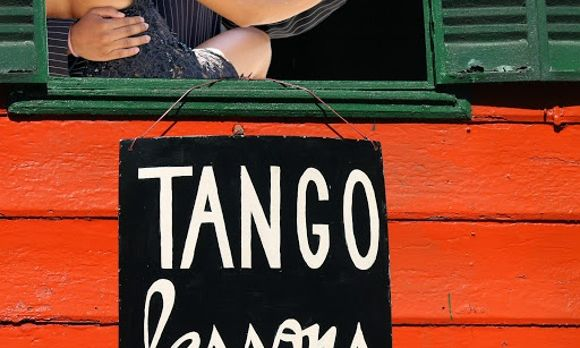 Tango-Lessons-Buenos-Aires-Argentina-South-America-shutterstock_51044203